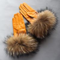 ingrosso donne genuino guanti di pecora-Guanti reali Raccoon della pelliccia delle donne Guanti in pelle Big pelliccia di procione di pecora vera pelle lg0004 Femminile