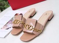 обувной бренд v оптовых-Бренд женщин коровьей кожи повседневные сандалии, летний пляж флип-флоп мода плоский Золотой V пряжки тапочки главная обувь мокасины тапочки, 35-43