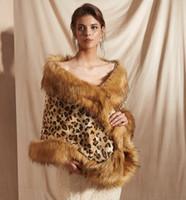 champagner fur bolero groihandel-MAGGIEISAMAZING Großhandel gefälschte Kunstpelz Hollywood Glamour Fashion vertuschen Cape günstige Brautverpackungen Jacken CYH0pj18099