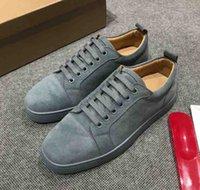 sapatas lisas do couro azul marinho venda por atacado-Khaki Matte Couro Casual Red Sole sapatos de fundo Red Suede Sneaker Júnior Mens Plano Low Cut Sneaker Skate Sapatos Moda Navy cinza azul