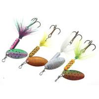 señuelos de pesca de metal plantilla al por mayor-Spinner Pesca Señuelos Wobblers CrankBaits Jig Shone Cuchara de trucha de lentejuelas de metal con ganchos de plumas para carpa cebo de pesca LJJZ623