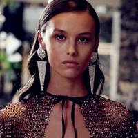 neues ankunftsheißes kleidmodell großhandel-Neuer Ankunfts-Frauen-Art- und glänzendes Strass Dreieck Pendent baumeln Ohrringe Schmucksache-heiße Verkaufs-Modell zeigt Kleid Ohrringe Zubehör