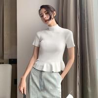 turtleneck t-shirt weiblich großhandel-Casual Weiß Frauen T-shirt Rollkragen Rüschen Saum Kurzarm Stricken Top Weibliche Sommer 2019 Mode Kleidung