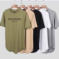 grafiti gömlek erkek toptan satış-Yeni Gelmesi Balmain 2019 Erkekler Tasarımcı T-Shirt Grafiti Pamuk Ince Cep Gece Kulübü Delik Rahat T Gömlek ark baskı kısa kollu Tişört