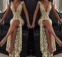 dantel boyun balo elbiseleri toptan satış-Dantel Derin V Yaka Abiye Giyim Pırıltılı Boncuklu Şeffaf Backless Denizkızı Gelinlik Modelleri Sweep Tren Parti vestidos Custom Made in See Through