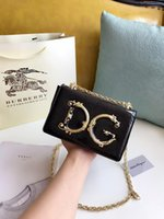 mode leder handtaschen europa großhandel-High-End-Modemarke Europa neue Luxus-Designer DDGG Kalbsleder Metall Brief Kette Womens Tasche Schulter Handtasche Messenger Bag Bankett Tasche