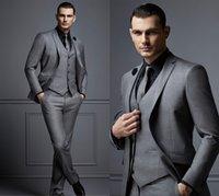 erkekler için smokin kıyafeti koyu gri toptan satış-Yeni Moda Koyu Gri Erkek Takım Elbise Ucuz Damat Suit Örgün Adam İyi Erkekler Için Suits Slim Fit Damat Smokin Adam Için (Ceket + Yelek + Pantolon) SH606