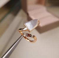 anillos de perlas de plata de ley al por mayor-Esignador de lujo B y V Anillo de amor Gelati Calavera de plata de ley 925 Conjuntos de anillos de oro rosa para mujeres con la Madre de Pearl