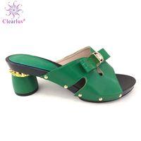 nuevas zapatillas italianas al por mayor-Nueva llegada de color verde diseño italiano zapatos de mujer resbalón en los zapatos del deslizador del verano Sexy Lady zapatos de tacones bajos para la fiesta de fiesta