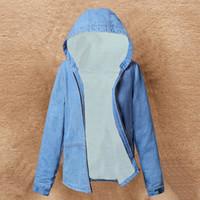 kürklü kaput bombardımanı ceketi toptan satış-Sıcak Kürk Kapüşonlu Kış Denim Ceket Kadınlar 2019 Yeni Moda Sonbahar Yün Astar Kot Ceket Kadın Bombacı Ceketler Casaco Feminino