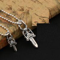 espada dos homens colares venda por atacado-925 sterling silver vintage jóias de prata antigo designer de mão feitos à mão espada em 2 tamanhos colar de pingentes mulheres homens