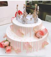 halloween tischeinstellungen großhandel-2020 New-Kuchen-Deckel-Dekorationen Retro- Kristallkrone formte Mädchen-Prinzessin Geburtstagstorte Werkzeuge Baked Dessert Bevorzugungen Heiße verkauf