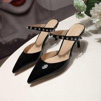 новый модный рынок оптовых-2019 весна / лето Новый стиль на рынке, женские туфли на высоком каблуке с инкрустацией бриллиантами, модные домашние тапочки