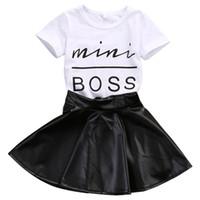 çocuklar için deri moda toptan satış-Yeni Moda Yürüyor Çocuk Kız Giysileri Set Yaz Kısa Kollu Mini Boss Tişört Tops + Deri Etek 2 ADET Kıyafet Çocuk Suit