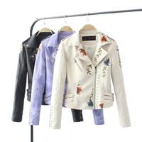 kızlar sahte deri ceket toptan satış-İşlemeli Perçin Deri Ceket Kadınlar Çiçek Punk Ceket Motosiklet PU Deri Perçin Fermuar Coat Kızlar Sahte Deri Giyim GGA3026-3