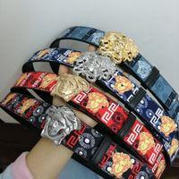 belleza unisex al por mayor-Venta caliente de nuevos hombres y mujeres cinturón floral cinturón de belleza cabeza hebilla real sin caja de regalo de alta calidad