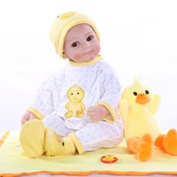 Wholesale yellow doll dress resale online - 52CM newborn sweet baby face lifelike bebe doll reborn baby yellow duck dress soft cuddly baby high quality collectible doll
