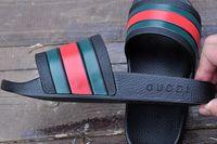 sandalias planas gruesas al por mayor-Hombres Mujeres Sandalias Zapatos de diseño Deslizador de lujo Moda Ancho plano Resbaladizo grueso Diseñador sandalias Zapatillas Flip Flop tamaño 36-45 MEJOR CALIDAD