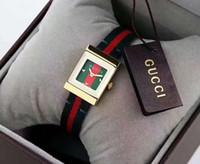 dama reloj pequeño al por mayor-GG NUEVAS señoras de la moda ven movimiento de cuarzo pequeño y exquisito Fang Fangzheng marca clásica chica reloj diseñador correa reloj pequeña abeja