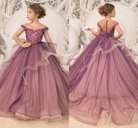 Wholesale champagne kids princess dress online - Lovely Flower Girl Dresses Lace Appliques Beads Tulle Kids Formal Wear Princess Teens Pageant Party Dress First Communion Gowns BC2000