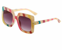gafas estilo rana al por mayor-2019 Moda estrella estilo gafas de sol sin gradiente de la mujer gafas de sol sin montura vintage big Frame frog Gafas de sol
