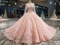blütenblätter rosa kleid spitze großhandel-Luxus Rosa New Ballkleid Quinceanera Kleider Lange Ärmel Spitze Appliqued Petal Powers Blumen Abend Prom Kleider Formelle Kleider