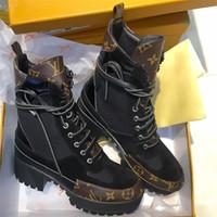 zapatos de plataforma alta al por mayor-Laureate Desert Boots para mujer Famosas botas de diseñador con plataforma de cuero para mujer Tacones gruesos Botines con botines en la parte superior con caja LLL22