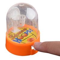 máquinas de tiro al por mayor-Máquina de Baloncesto para el Desarrollo Anti-Stress Player Handheld Niños Baloncesto Disparos Descompresión Juguetes Regalo Mini Dropship