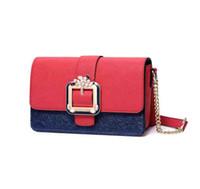 ingrosso borse cinesi rosse-Cinese Red Girl Bag Moda europea e americana catena piccola borsa quadrata con cerniera fibbia di alta qualità in pelle PU borsa a tracolla signora partito