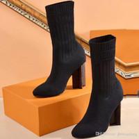 tamaño 42 botas de invierno mujer al por mayor-2019 zapatos de mujer sexy en otoño e invierno Botas elásticas de punto Botas cortas de diseñador Calcetines botas Tamaño grande 41 42 Zapatos de tacón alto us10