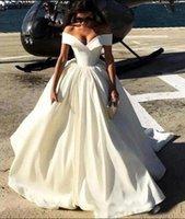vestidos de boda importados al por mayor-Nueva moda simple importado paquistaní fuera del hombro satinado vestidos de novia sexy una línea de vestidos de novia para la novia
