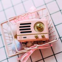 rosa drahtloser bluetooth lautsprecher großhandel-NEW Mao König Kleiner Prinz OTR-Lautsprecher FM Radio Audrey Rosa Petty Mini Bluetooth Wireless Music Metal Player MW-2 Mädchen Geschenk