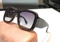 Wholesale white woman sunglasses for sale - Group buy New fashion designer sunglasses retro square plate texture large frame avant garde fashion women style top uv400 eyewear