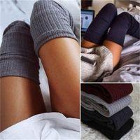 knie hohe socken verkauf großhandel-Weibliche Hohe Schlauchstrümpfe Herbst Frostschutzmittel Socken über Knie Seidenschlauch Sexy Schwarz Grau Baumwolle Heiße Verkäufe 8lx C1