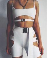 sexy tank tops for women 도매-단색 중공 아웃 짧은 탱크 탑 섹시 버클 허리 반바지 슬림 두 조각 세트 여름 비치웨어 여성 의류 수송선 220213 정장