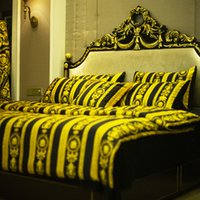 cama de leopardo rei venda por atacado-luxuoso estilo europeu de luxo Ouro cama Set Moda cama King Queen Size Duvet Cover Set Brand Design Leopard conjuntos de impressão de roupa de cama