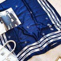 satin printed shawl оптовых-Высокое качество женщина шелковый шарф квадратный шарф шаль обертывания 180 * 90 см горячей продажи точка плед атласный шарф печатных для Весна Лето Осень Зима