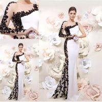 robes de soirée sirène arabia sirène achat en gros de-Robes de soirée designer unique sirène 2019 une épaule blanc et noir style arabie saoudite dentelle appliqued perlée robe de bal robes de soirée