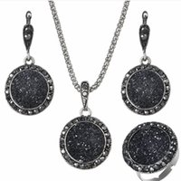 ingrosso collana di resina nera-gioielli di design set di gioielli in resina cerchio nero orecchini rotondi anelli collane classiche per donne hot fshion