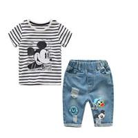 jeans enfants filles pour l'été achat en gros de-2018 Nouveau Infant Garçons Filles D'été De Bande Dessinée Rayé T Shirt + Shorts En Denim Vêtements Ensembles Enfants Enfants Trou Jeans Vêtements