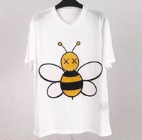 Wholesale famous clothing brands for men for sale - 19ss new fashion brand tees bee embroidery tee t shirt for men women black color cotton designer famous top clothing