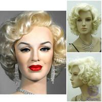 sarışın kıvırcık peruk toptan satış-Marilyn Monroe Güzel Kısa Sarışın Kıvırcık Peruk Saç Klasik Cosplay Altın Peruk Cadılar Bayramı Partisi Prop Cosplay Peruk