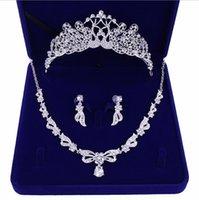 gelin kron kolye toptan satış-Romantik Boncuklu Kristal Üç adet Gelin Takı setleri Gelin Kolye Küpe Taç Saç Çelenkler Düğün Aksesuarları Ucuz