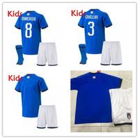 italien-kit trikot großhandel-Kids kit Italy Home Jugend Trikot 2019 2020 De Rossi Bonucci Verratti Chiellini INSIGNE Belotti Trikots 2018 Fußball Uniform