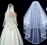 fildişi şerit kenar perde toptan satış-2019 Ucuz Beyaz Fildişi İki Katmanlar Ile Şerit Kenar Kısa Tül Düğün Peçe Tarak Womens 'Düğün Aksesuarı