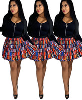 robes de bal mini tutu achat en gros de-Designer Double F Lettres Jupe Plissée Fends Robes D'été Robes De Soirée De Bal d'étudiants Adolescent Pom-pom girls Mini Jupes Vêtements C61808