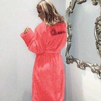 satılık bornozlar toptan satış-Sıcak Satış Kış Sıcak Flanel Bornoz Kadın Diz Boyu Banyo Robe Yumuşak Kalın Sevimli Pembe Elbiseler Kadın Sabahlık Pijama