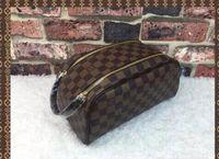 4a642cd01 2019 Louis Vuitton hombres que viajan bolsa de inodoro diseño de moda bolso  de lavado de gran capacidad bolsas de cosméticos bolsa de aseo de  maquillaje ...