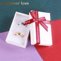 yay bileklik yüzük toptan satış-Yeni Moda Beyaz Fantezi Kağıt Hediye Kutusu Kolye Yüzük Bilezik Büyük Kırmızı Şerit Bow ile Yüksek Kalite Karton Kağıt Kutusu