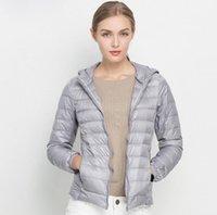 beyaz ceket kadınlar düşmek toptan satış-Tasarımcı Kış Kadın% 90 Beyaz Ördek Aşağı Ceket Kadın Kapşonlu Ultra Hafif ceket Aşağı Sıcak Açık Coat Parka Dış Giyim Güz